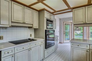 Photo 9: 52 WOODMEADOW Close SW in Calgary: Woodlands Semi Detached for sale : MLS®# C4259772