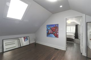 Photo 16: 4703 COLLINGWOOD Street in Vancouver: Dunbar House for sale (Vancouver West)  : MLS®# R2401030
