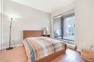 Photo 11: 302 6823 STATION HILL Drive in Burnaby: South Slope Condo for sale (Burnaby South)  : MLS®# R2405902