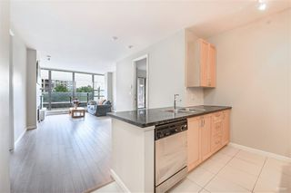 Photo 6: 302 6823 STATION HILL Drive in Burnaby: South Slope Condo for sale (Burnaby South)  : MLS®# R2405902