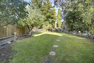Photo 18: 358 E 5TH Street in North Vancouver: Lower Lonsdale House for sale : MLS®# R2409551