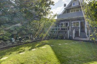 Photo 17: 358 E 5TH Street in North Vancouver: Lower Lonsdale House for sale : MLS®# R2409551
