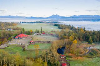 Photo 6: 24680 80 Avenue in Langley: County Line Glen Valley House for sale : MLS®# R2415177