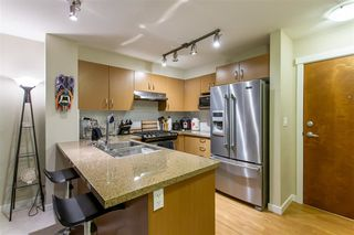 Photo 7: 209 3105 LINCOLN Avenue in Coquitlam: New Horizons Condo for sale : MLS®# R2424081
