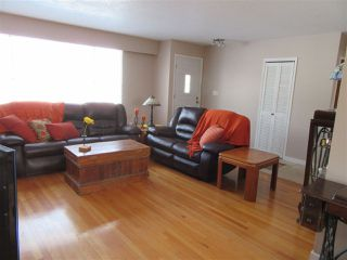 Photo 3: 522 RADCLIFFE Drive: Quinson House for sale (PG City West (Zone 71))  : MLS®# R2433646