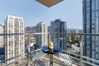 Photo 17: 2507 1155 THE HIGH Street in Coquitlam: North Coquitlam Condo for sale : MLS®# R2436854