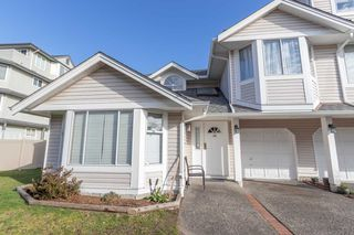 Photo 1: 64 7955 122 Street in Surrey: West Newton Townhouse for sale : MLS®# R2443312