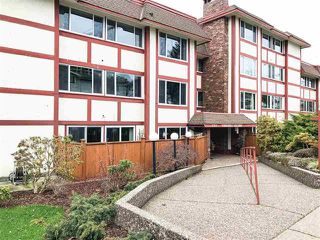 "Photo 1: 104 1381 MARTIN Street: White Rock Condo for sale in ""CHESTNUT VILLAGE"" (South Surrey White Rock)  : MLS®# R2443318"