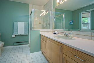 Photo 18: 6825 NICHOLSON Road in Delta: Sunshine Hills Woods Townhouse for sale (N. Delta)  : MLS®# R2480008