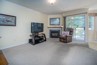 Photo 12: 6825 NICHOLSON Road in Delta: Sunshine Hills Woods Townhouse for sale (N. Delta)  : MLS®# R2480008