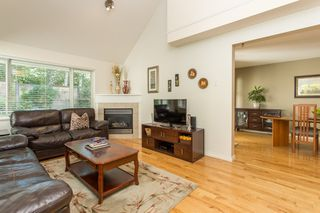 "Photo 7: 51 13918 58 Avenue in Surrey: Panorama Ridge Townhouse for sale in ""Alder Park"" : MLS®# R2506235"