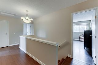 Photo 9: 128 Douglas Woods Terrace SE in Calgary: Douglasdale/Glen Detached for sale : MLS®# A1045408