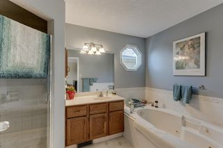 Photo 12: 128 Douglas Woods Terrace SE in Calgary: Douglasdale/Glen Detached for sale : MLS®# A1045408