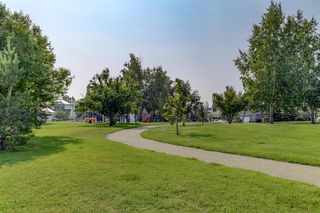 Photo 25: 128 Douglas Woods Terrace SE in Calgary: Douglasdale/Glen Detached for sale : MLS®# A1045408