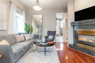 Photo 3: 2568 W 5TH Avenue in Vancouver: Kitsilano Townhouse for sale (Vancouver West)  : MLS®# R2521060