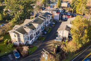 Photo 3: 2 6961 East Saanich Rd in : CS Tanner Row/Townhouse for sale (Central Saanich)  : MLS®# 862553