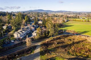 Photo 33: 2 6961 East Saanich Rd in : CS Tanner Row/Townhouse for sale (Central Saanich)  : MLS®# 862553