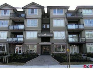 "Photo 1: 407 15368 17A Avenue in Surrey: King George Corridor Condo for sale in ""OCEAN WYNDE"" (South Surrey White Rock)  : MLS®# F1006339"