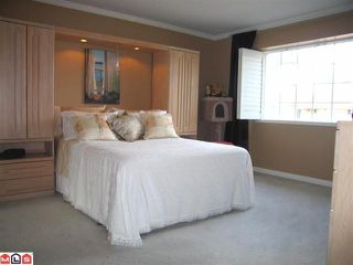 "Photo 8: 102 6094 W BOUNDARY Drive in Surrey: Panorama Ridge Townhouse for sale in ""LAKEWOOD ESTATES"" : MLS®# F1011034"