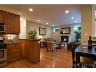 Photo 4: 1 1290 Richardson St in VICTORIA: Vi Fairfield West Row/Townhouse for sale (Victoria)  : MLS®# 490828