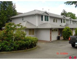 "Photo 8: 104 5921 177B Street in Surrey: Cloverdale BC Townhouse for sale in ""THE GABLES"" (Cloverdale)  : MLS®# F2904968"