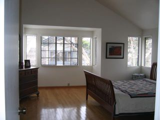 Photo 4: LA JOLLA Home for rent : 2 bedrooms : 3173 Morning Way