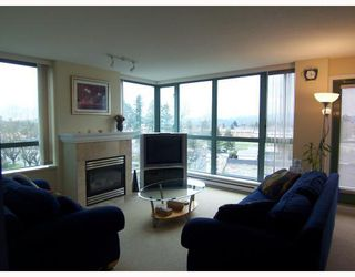 "Photo 3: 806 6659 SOUTHOAKS Crescent in Burnaby: Highgate Condo for sale in ""GEMINI II"" (Burnaby South)  : MLS®# V761025"