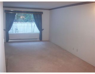 "Photo 2: 111 6860 RUMBLE Street in Burnaby: South Slope Condo for sale in ""GOVERNOR'S WALK"" (Burnaby South)  : MLS®# V762679"