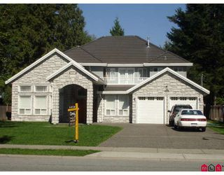 Photo 1: 15471 92ND Avenue in Surrey: Fleetwood Tynehead House for sale : MLS®# F2913418