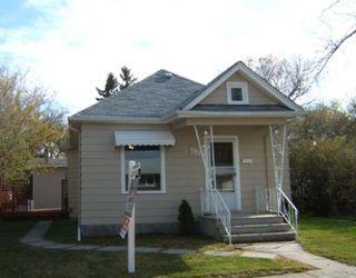 Photo 1: 798 GOVERNMENT Avenue in WINNIPEG: East Kildonan Residential for sale (North East Winnipeg)  : MLS®# 2908721
