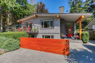 Photo 1: 12651 15 Avenue in Surrey: Crescent Bch Ocean Pk. House for sale (South Surrey White Rock)  : MLS®# R2390447