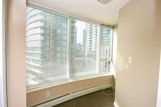 Photo 12: 802 58 KEEFER PLACE in Vancouver West: Home for sale : MLS®# R2142368