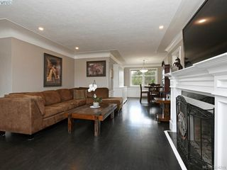 Photo 3: 4105 Glanford Ave in VICTORIA: SW Glanford Single Family Detached for sale (Saanich West)  : MLS®# 821592