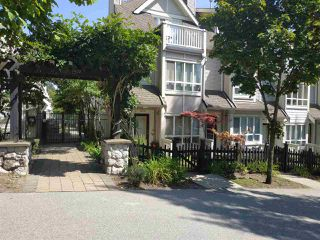 Photo 16: 7410 HAWTHORNE Terrace in Burnaby: Highgate Townhouse for sale (Burnaby South)  : MLS®# R2396786