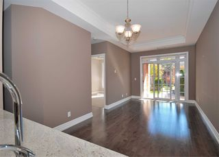 Photo 1:  in Toronto: Bridle Path-Sunnybrook-York Mills Condo for lease (Toronto C12)  : MLS®# C4646772