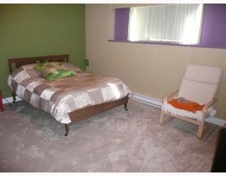 Photo 7: 6589 ACORN Road in Sechelt: Sechelt District House for sale (Sunshine Coast)  : MLS®# V781539