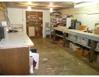 Photo 8: 6589 ACORN Road in Sechelt: Sechelt District House for sale (Sunshine Coast)  : MLS®# V781539