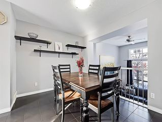 Photo 5: 3072 New Brighton Garden SE in Calgary: New Brighton Row/Townhouse for sale : MLS®# C4300460