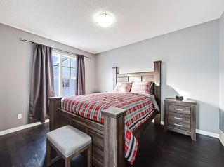 Photo 16: 3072 New Brighton Garden SE in Calgary: New Brighton Row/Townhouse for sale : MLS®# C4300460