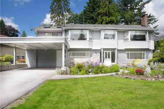 Photo 2: 2617 LAURALYNN Drive in North Vancouver: Westlynn House for sale : MLS®# R2467317