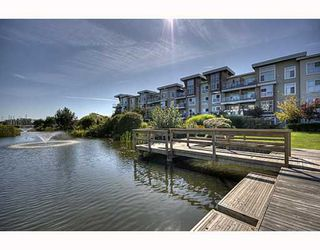 "Photo 1: 114 5700 ANDREWS Road in Richmond: Steveston South Condo for sale in ""RIVER'S REACH"" : MLS®# V784136"
