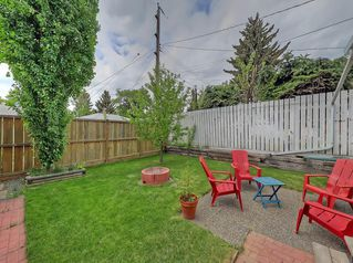 Photo 2: 3 HARROW Crescent SW in Calgary: Haysboro Detached for sale : MLS®# A1033438