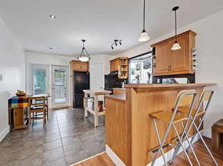 Photo 7: 3 HARROW Crescent SW in Calgary: Haysboro Detached for sale : MLS®# A1033438