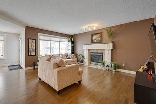 Photo 13: 8376 SHASKE Crescent in Edmonton: Zone 14 House for sale : MLS®# E4221136