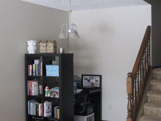 Photo 5: 6 Louisbourg Place in St. Albert: House for rent