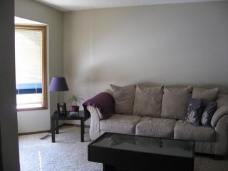 Photo 15: 6 Louisbourg Place in St. Albert: House for rent