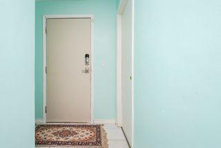 Photo 6: 3 9531 76 Avenue in Edmonton: Zone 17 Condo for sale : MLS®# E4222015