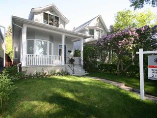 Photo 1: 830 3 Avenue NW in CALGARY: Sunnyside Residential Detached Single Family for sale (Calgary)  : MLS®# C3421559