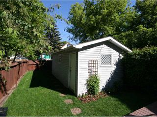 Photo 18: 830 3 Avenue NW in CALGARY: Sunnyside Residential Detached Single Family for sale (Calgary)  : MLS®# C3421559