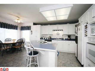 Photo 2: 2901 SOUTHERN Place in Abbotsford: Abbotsford West House for sale : MLS®# F1013545